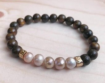 Wood & Pearl Stretch Bracelet