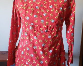 Vintage 60s Red Floral Cotton Tunic Blouse with 3/4 Sleeves Size Medium