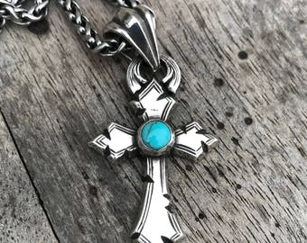 Rockin Out Jewelry - Warrior Cross - Pendant - Sterling Silver - Turquoise - Western Style - Unisex - Kingman - 6mm - Classy Cross - Men's