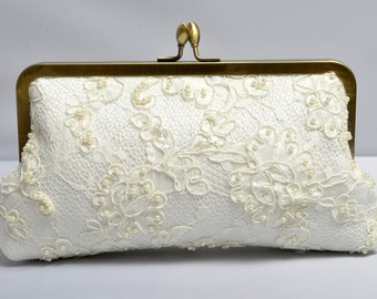 Lace Bridal Clutch, Pearl Clutch, Beaded Purse, Ivory Bridal Clutch, Lace Wedding {Passion Pearl Lace Kisslock}
