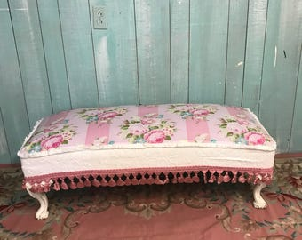 Antique bench shabby chic pink Roses
