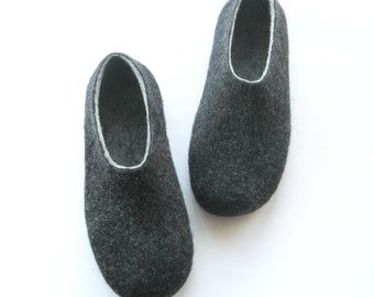 Mens Felted Slippers Charcoal Slippers, Winter Indoor Shoes, Felt Soles Mens Clogs , Mens House Slippers, Warm Slippers Gift for Husband