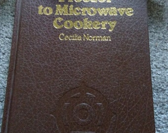 Freezer To Microwave Cookbook.  By Cecilia Norman.    HB.   1978