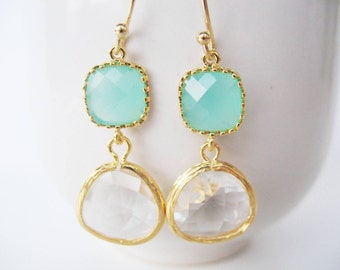 Clear and Mint Glass Earrings. Mint Blue and Crystal Clear Earrings Gold Mint bridesmaids Earrings Crystal Earrings Mint