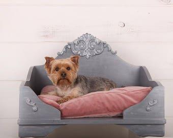 Den Dog's bed ROYAL ORNAMENT