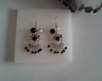Earrings dangle metal and beads