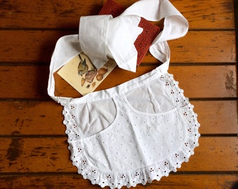Vintage Half Apron extra short extra tiny Broiderie Anglaise German Cafe White cotton lace French maid apron