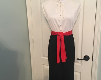 Vintage Leslie Fay Pleated White, Black and Red Dress