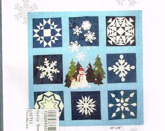 Snowman & Snowflakes Wallhanging Quilt Sewing Pattern - Winter Quilt - Applique Quilt Pattern - Block Quilt Pattern
