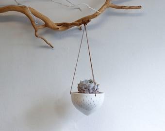 Ceramic white hanging planter with golden decor/ air planter/ succulent planter/ hanging flower pot/ white pot/ ceramic flower pot/