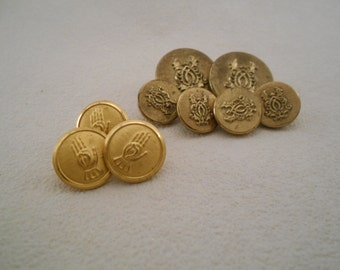 Lot of 9 vintage military style buttons