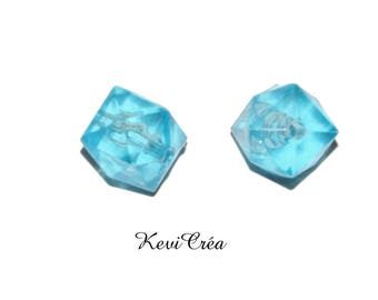 4 x acrylic beads 10mm blue faceted square cubes
