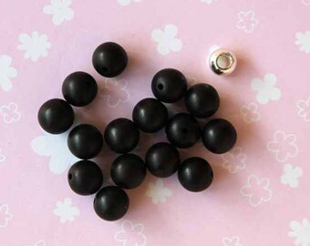 resin Black 10mm 15 beads