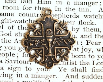 Holy Eucharist Medal - First Communion Medal - Bronze or Sterling Silver - Eucharist Medal - French Reproduction Medal  (CD-331)