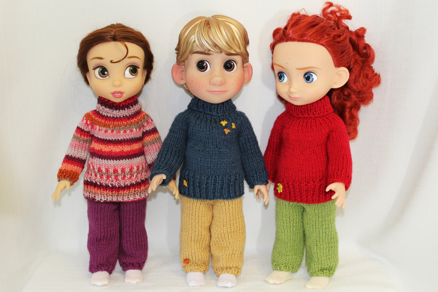 Knitting pattern for sweater and sweatpants for Disney Animators\' 16 ...