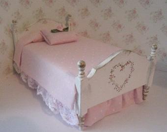Dollhouse  Bed, single, Pretty pink spread, miniature bed, bed with hearts, a dollhouse miniature in twelfth scale