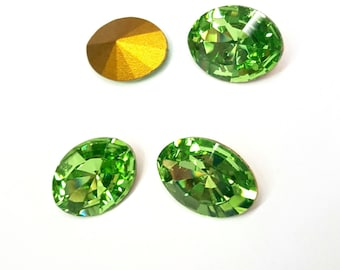 4 Pieces Peridot Swarovski Stones, Article #4106, Vintage, 18x13mm Oval