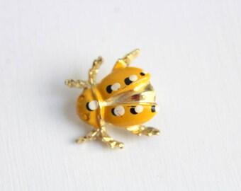 Beetle Pin, Beetle Brooch, Yellow Beetle Pin, Yellow Beetle Brooch, Bug Pin, Bug Brooch, Insect Pin, Insect Brooch, Yellow Bug Pin, Yellow