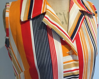 1970s Stunning Sleeveless Dress, Summer Style, Patterned, Striped, Holiday