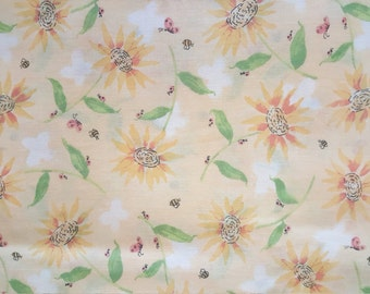 Daisy Print with ladybugs, butterflies, and bees!