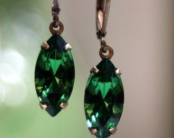 Emerald Green Swarovski Vintage Rhinestone Earrings