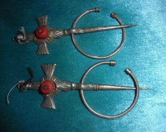 Moroccan Jewelry, old pair fine silver and gemstone Berbre fibulas, great shape, 4 inches long