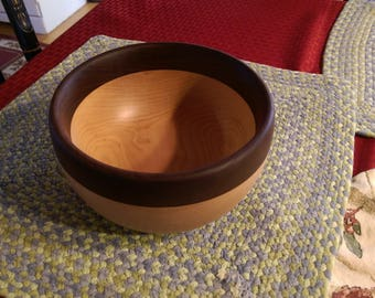 Hand Turned Wooden Bowl, 6 Inch Diameter
