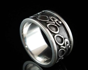 BIKE RIDER Ring in Sterling Silver