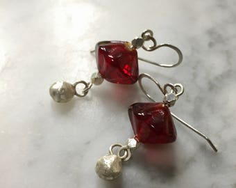 Vintage Red Glass and Fine Silver Droplet Bead Earrings - Boho Chic - Casual Earrings