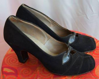 1940's Black Velveteen Shoes UK 4