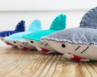 JAWS vs CLAWS - SHARK - Catnip Cat Toy, cat toy, cat toys, catnip toy, Cat, Kitty, christmas, cat toy gift, shark, catnip shark