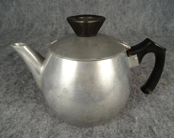 Vintage Club Made In Italy Teapot.