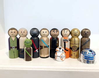 11 Piece set Star Wars Hand painted wooden peg people Commander Leia,Kylo Ren, Han Solo, Rey, Finn, Poe, Yoda, R2D2, C3PO, BB-8 & Chewbacca