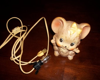 Beautiful Lefton Mouse Night Light **Works Great**