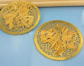 "Prints 2 ' round filigree ""color gold - 39mm Diam # T39"""
