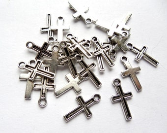 20 Antique Silver Cross Charms - 21-26-1