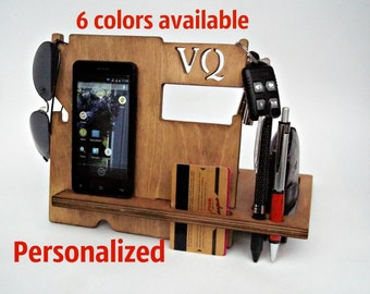Boyfriend Christmas Gift, Personalized Christmas Gift for Husband, Christmas Gift for Men, Dad Christmas Gift, Wooden Docking Station