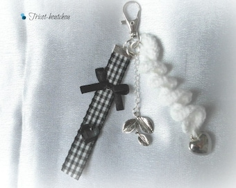 Keychain, bag black and white gingham
