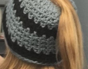 Messy Bun Beanie Hat with Open Ponytail