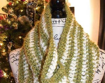 Green and white striped crocheted cowl