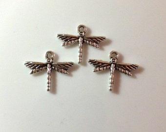 10 Dragonfly charms - Antique Silver - SC278#GE
