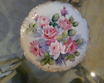 """Gold trimmed 8"""" decorative plate"""