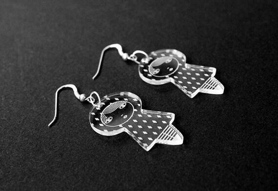 Diamonds doll earrings - cute matriochka jewelry - kawaii kokeshi jewellery - sterling silver findings - lasercut clear acrylic - graphic