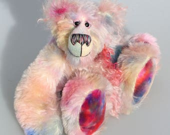 Dominic Diggle is an endearingly sweet and gentle, beautifully coloured, one of a kind, hand dyed mohair artist bear by Barbara-Ann Bears