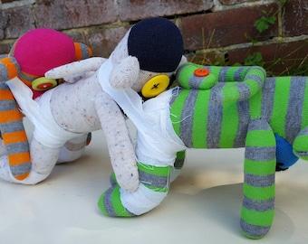 Human Centipede Sock Monkey, horror