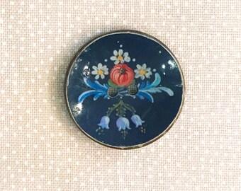 Jim Button Coconut button farmer painting