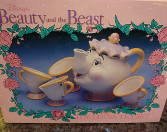 Vintage Disney Beauty And The Beast Mrs. Potts Tea Set  With Original Box