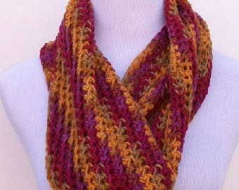 Infinity Crochet Scarf, Handmade Crochet Cowl Hoodie, Crochet Cowl in Fall Colors, Handmade Cowl in Fall Colors, Crochet Cowl, Fashion Scarf
