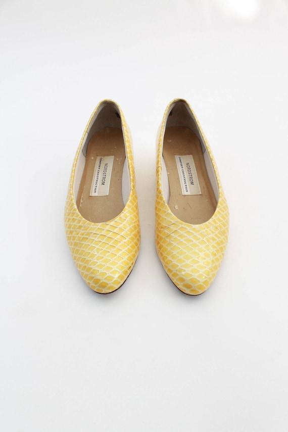 a894805d558 ... Chunky Snakeskin Pump Heels 8 Lemon Twiggy Mod Sz Nordstrom Vintage  Block Yellow Fw1HBTqqp   ...