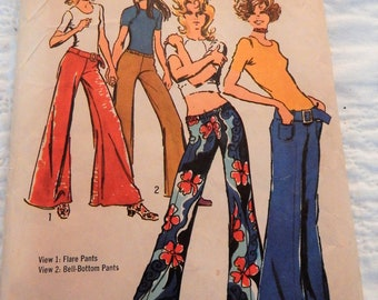 "Simplicity 9484 Vintage Sewing Pattern 25"" waist; 35"" hip; Flared Hip-Hugger Pants and Belt  1971 Uncut, Complete"